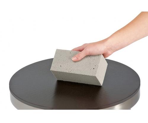Reibstein um Crepeplatten zu reinigen